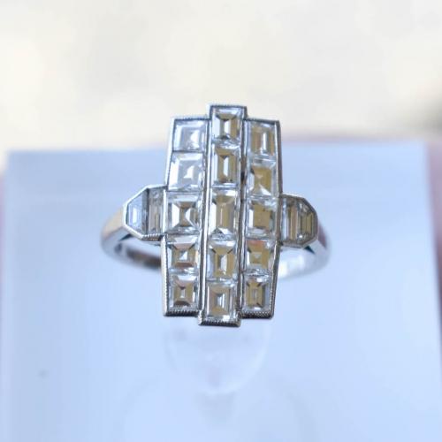 Vintage White Gold Art Deco Diamond Ring