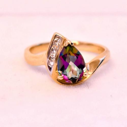 Yellow Gold Tourmaline Diamond Ring